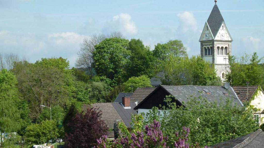 Blick-auf-die-Kirche